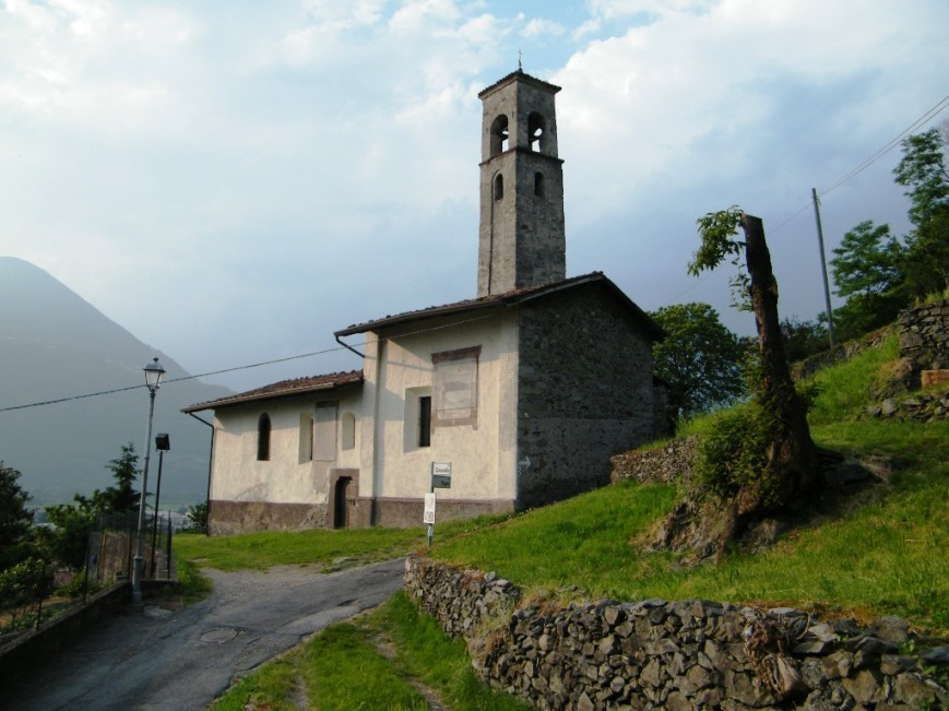 Chiesa_di_S_Andrea_-_Artogne_(Foto_Luca_Giarelli).jpg